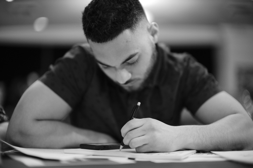 Illustrator winner, Yader Fonseca sketching. (photo by Thorsten von Overgaard)