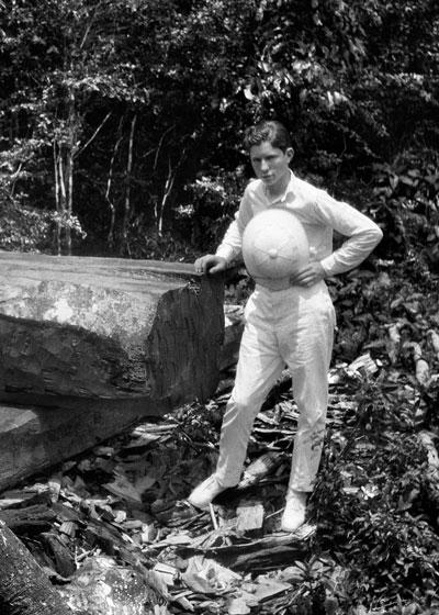 L. Ron Hubbard, Guam, 1927