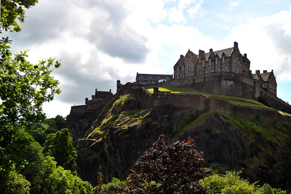 MaxPixel.freegreatpicture.com-Scotland-Edinburgh-Castle-959083