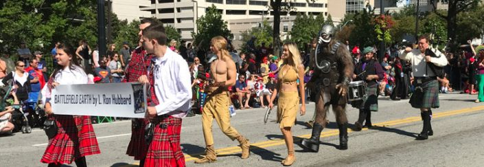Battlefield Earth in the Dragon Con Parade 2017