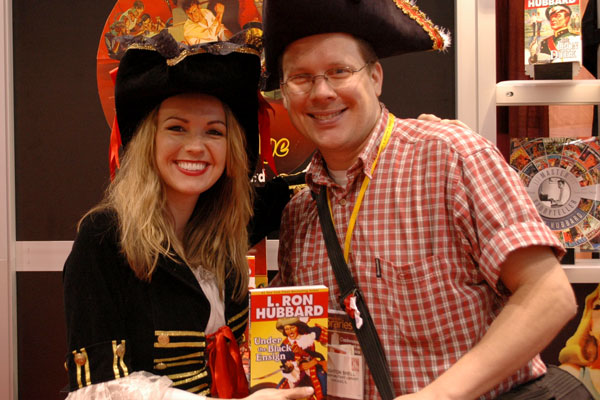 Pirate at the 2009 American Library Association show